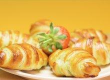 Chrupi�cy croissant z bananem i nutell� - ugotuj