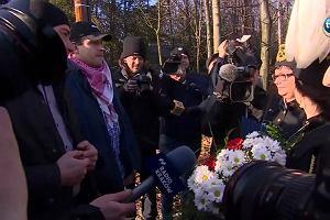 Górnicy z kopalni Makoszowy wybrali się pod dom B. Szydło. Chcieli wręczyć kwiaty i petycję