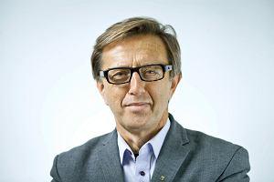 Prof. Waldemar Łazuga: Permanentna polityka makabryczna [FELIETON]