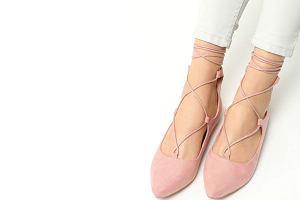 Piękne modele butów z wyprzedaży na końcówkę lata
