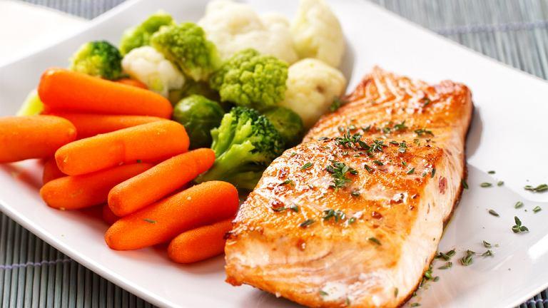 Indeks glikemiczny jest wskaźnikiem klasyfikującym produkty spożywcze na podstawie ich wpływu na podniesienie poziomu glukozy we krwi na około 2 do 3 godzin po spożytym posiłku