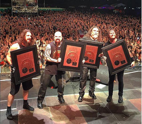 Po 37 latach kariery, grupa Slayer zapowiedziała pożegnalną trasę, która ma odbyć się w tym roku. Na razie nie wiadomo jednak kiedy się rozpocznie i w jakich krajach zespół zagra.