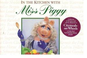Ksi��ki kucharskie zaskakuj�cych autor�w. Gotuj z Miss Piggy i Czarnymi Panterami!