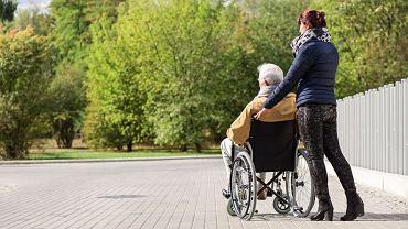 1 lipca wejdzie w życie ustawa, dzięki której niepełnosprawni będą mieli prawo do korzystania ze świadczeń zdrowotnych poza kolejnością.