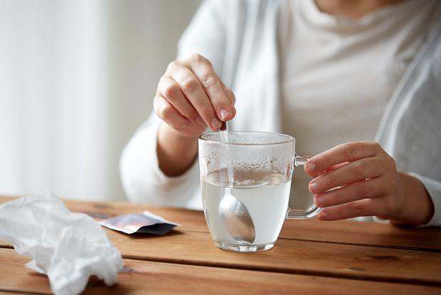 Seria popularnego leku przeciwko objawom przeziębienia i grypy wycofana ze sprzedaży