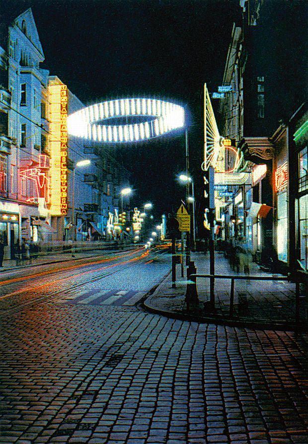 Wystawa Nocny Poznań w blasku neonów