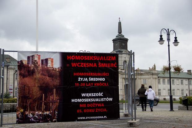 Wystawa w Radzyniu Podlaskim. Wstyd i po�miewisko na ca�� Polsk�