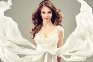 Sukienki na wesele do 300 z�