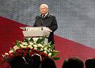 Katastrofa smoleńska. Kaczyński przed Pałacem Prezydenckim dziękuje Macierewiczowi, Rydzykowi i biskupom
