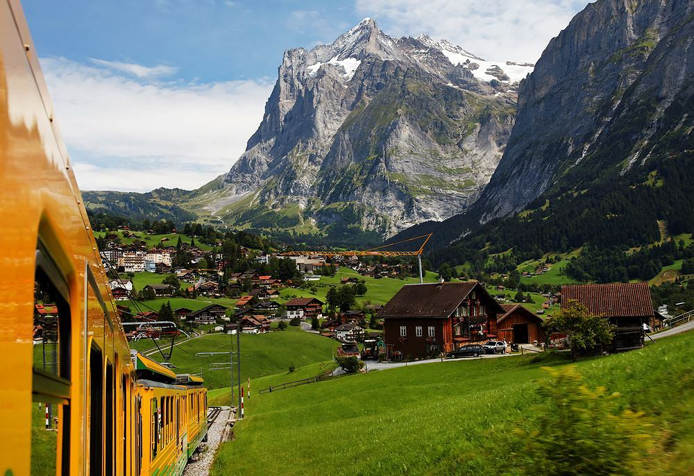 Kolejka na prze��cz Jungfrau / fot. Shutterstock