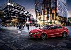 Mercedes Klasy A L Sport Sedan - przedłużona nowa Klasa A specjalne dla Chin