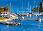 Helsinki. W Helsinkach mie�ci si� port statk�w handlowych i pasa�erskich. Z Zatoki Fi�skiej odp�ywaj� promy w kierunku kraj�w nadba�tyckich, r�wnie� do Gdyni.