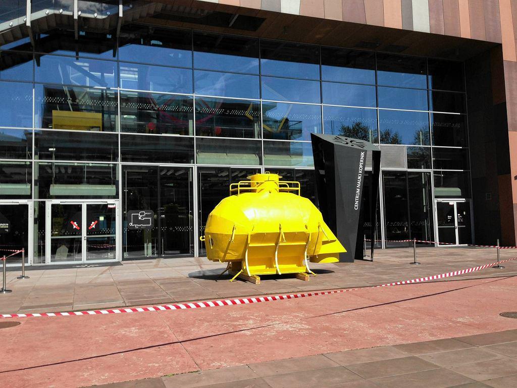 Centrum Nauki Kopernik. Batyskaf wypożyczony z Muzeum Nurkowania na czas trwania wystawy będzie stał przed Kopernikiem / materiały prasowe