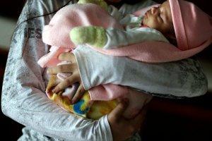 Paragwaj: 11-latka urodziła dziecko z gwałtu. Bo odmówiono jej prawa do aborcji