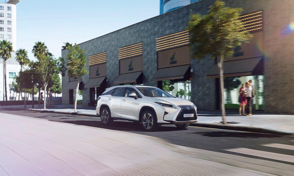Lexus RX L 2017