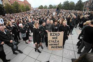 Dzień Kobiet strajkujących. Co i gdzie zamierzają robić (z czerwoną szminką na ustach)