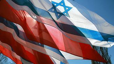 Flagi Polski i Izraela.