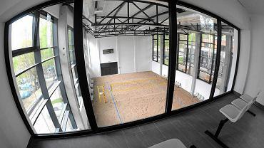 Nowe obiekty Centrum Rekreacyjno-Sportowego Ukiel przy ul. Olimpijskiej w Olsztynie. Tutaj hala do gry w siatkówkę plażową