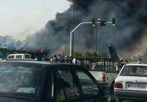 Samolot pasa�erski rozbi� si� w Teheranie. 40 os�b nie �yje