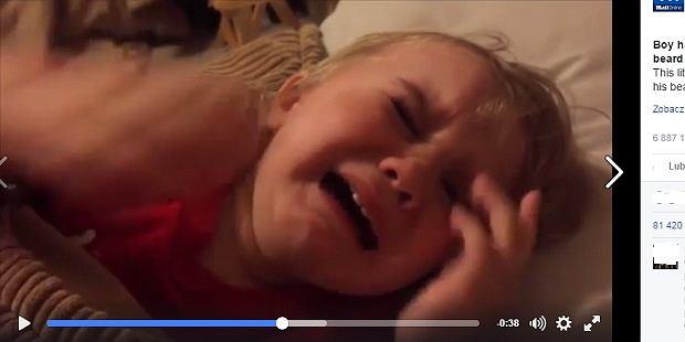 Chłopiec płacze bo...tata ogolił swoją brodę
