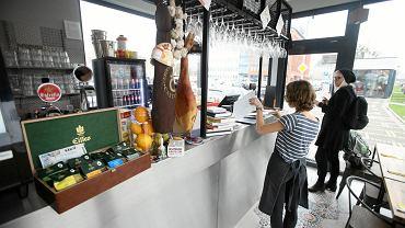 Ole Bistro & Tapas - nowa restauracja na bulwarach