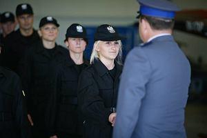 """Policja w Łodzi. Doświadczeni mundurowi odchodzą ze służby. """"Kto będzie uczył młodych?"""""""