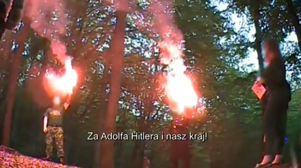 'Polscy neonaziści'. Reportaż 'Superwizjera' TVN o urodzinach Adolfa Hitlera
