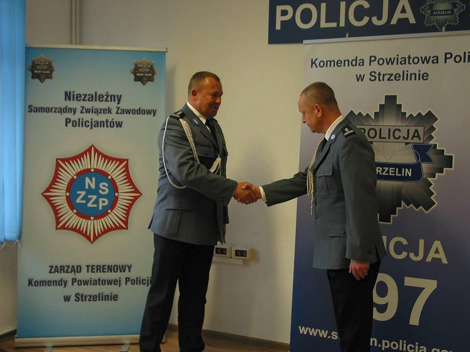 Zdjęcie numer 1 w galerii - Buntowali się przeciwko niemu policjanci i był zamieszany w aferę. Teraz zostanie komendantem?