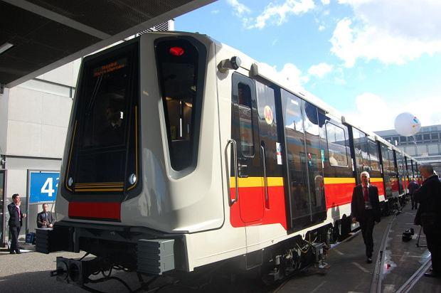 Poci�g Inspiro wyprodukowany dla warszawskiego metra przez Siemensa.
