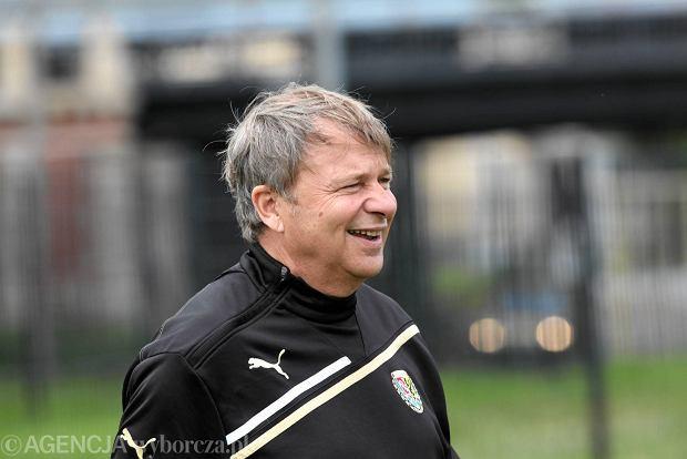 Trener �l�ska Tadeusz Paw�owski wyst�pi dzi� w Cafe Futbol