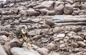 Armia francuska umieściła na swoim profilu to zdjęcie żołnierzy z misji antyterrorystycznej w regionie Sahelu. Ludzie ciągle ich liczą...