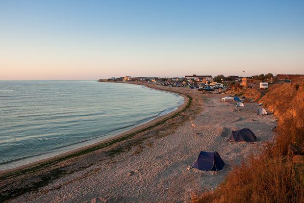 Tam są prawdziwe wakacje. 8 miejsc na urlop w Polsce i w Europie, które nas zachwyciły [TYPY REDAKCJI]