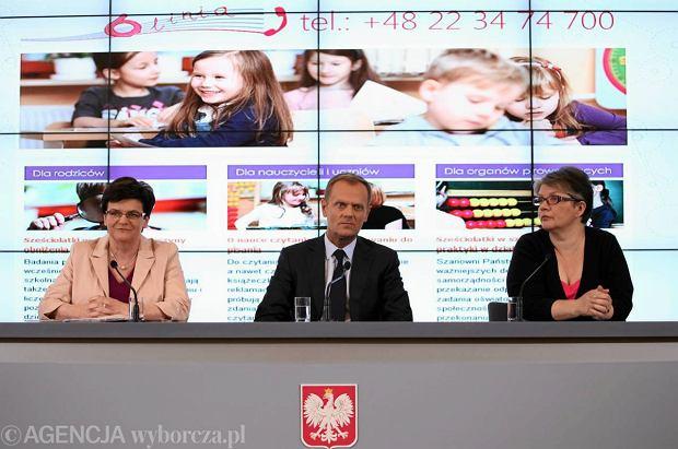 To zmiany w interesie dzieci i og�u - m�wi premier Donald Tusk.