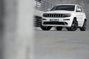 Jeep Grand Cherokee SRT8 | Test | Priapizm