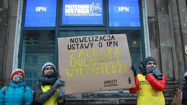 Protest przeciwko ustawie o IPN