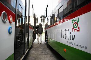 http://bi.gazeta.pl/im/2c/40/e3/z14893100M,Nowy-trolejbus-firmy-Ursus-Bogdan-Motors.jpg
