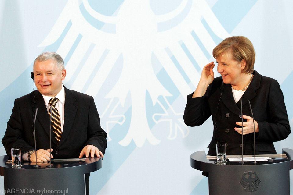 Berlin 2006 r. Premier Jarosław Kaczyński z wizytą u kanclerz Angeli Merkel