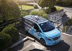 Mercedes wyposażony w drona dostarczy przesyłkę