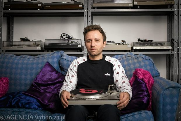 Wojtek Kosiński szef Grabanuta.pl, sklepu i serwisu z gramofonami.