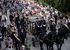 Kraków żegna kardynała Macharskiego. Tysiące osób w kondukcie żałobnym
