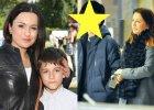 Jan Kietliński, syn Beaty Tadli, to już młody mężczyzna. Ma 15 lat i poważną, przystojną twarz, która już za kilka lat pozwoli mu siać spustoszenie w sercach nastolatek. Wraz z matką wybrał się właśnie do kina.  Beata Tadla z synem Janem w 2011 roku i obecnie