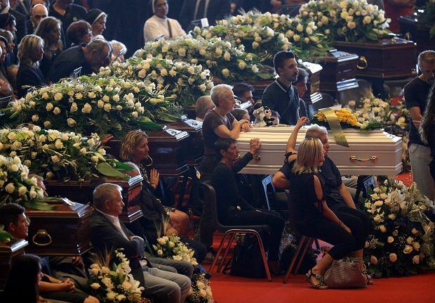 Państwowy pogrzeb ofiar katastrofy mostu w Genui