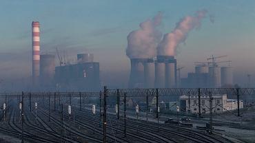 Elektrownia Opole, w której trwa budowa nowych bloków energetycznych. To jedna z największych inwestycji w Polsce.