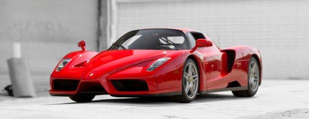 Papieskie Ferrari Enzo na aukcji | Ponad 6 milionów dolarów