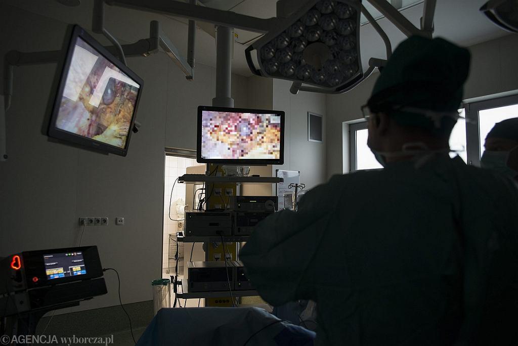 Operacja w szpitalu w Zabrzu (fot. Kamila Kotusz/AG)