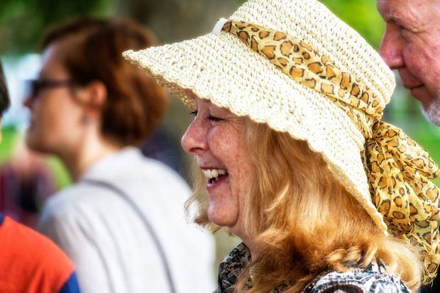 Kobieta 50+: dojrzałość zasługuje na troskę i uwagę
