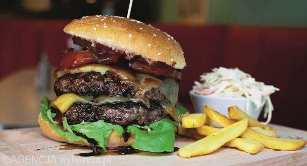 p04.02.2015 Lodz  , Piotrkowska 85 . Burger  King Kong w Jerry s Burger.Fot. Malgorzata Kujawka / Agencja Gazeta