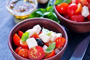 Sałatka grecka - śródziemnomorskie klimaty w Twojej kuchni