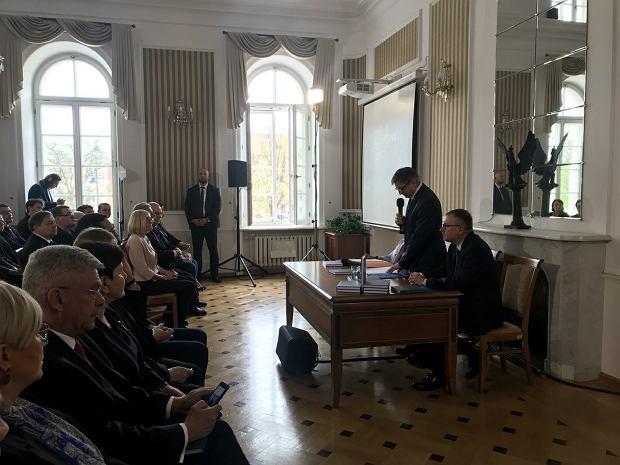 Zdjęcie numer 4 w galerii - Będzie spór na linii Andrzej Duda -  PiS? Partia chce ograniczyć rolę prezydenta