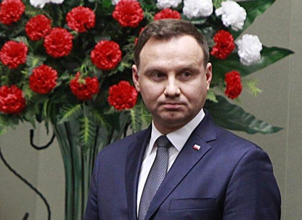List gratulacyjny prezydenta Dudy do uczelni ojca Rydzyka. I jeszcze ten pocz�tek